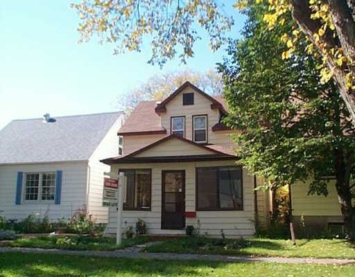 Main Photo: 153 DUPONT Street in WINNIPEG: St Boniface Single Family Detached for sale (South East Winnipeg)  : MLS®# 2413796