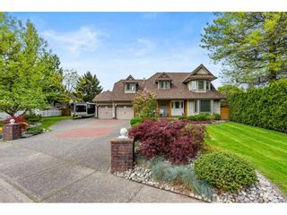 """Photo 2: 20465 97A Avenue in Langley: Walnut Grove House for sale in """"Derby Hills - Walnut Grove"""" : MLS®# R2576195"""