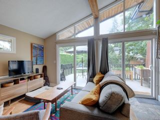 Photo 4: 768 Piedmont Dr in Saanich: SE Cordova Bay House for sale (Saanich East)  : MLS®# 884861