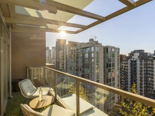 """Photo 19: 2001 1055 RICHARDS Street in Vancouver: Downtown VW Condo for sale in """"Donovan"""" (Vancouver West)  : MLS®# R2555936"""
