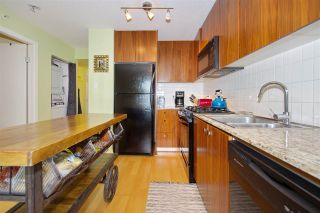 """Photo 11: 306 1030 W BROADWAY Street in Vancouver: Fairview VW Condo for sale in """"La Columa"""" (Vancouver West)  : MLS®# R2388638"""