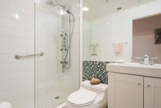 """Photo 23: 701 1736 W 10TH Avenue in Vancouver: Fairview VW Condo for sale in """"MONTE CARLO"""" (Vancouver West)  : MLS®# R2268278"""