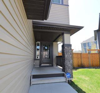 Photo 2: 130 Nolanshire Crescent NW in Calgary: Nolan Hill Detached for sale : MLS®# A1104088