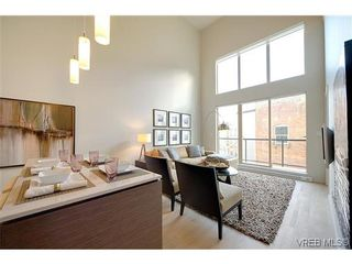 Photo 4: 402 601 Herald St in VICTORIA: Vi Downtown Condo for sale (Victoria)  : MLS®# 638675