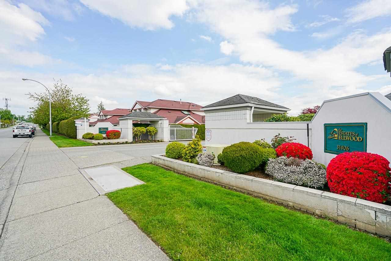 Main Photo: 117 31406 UPPER MACLURE Road in Abbotsford: Abbotsford West Townhouse for sale : MLS®# R2578607