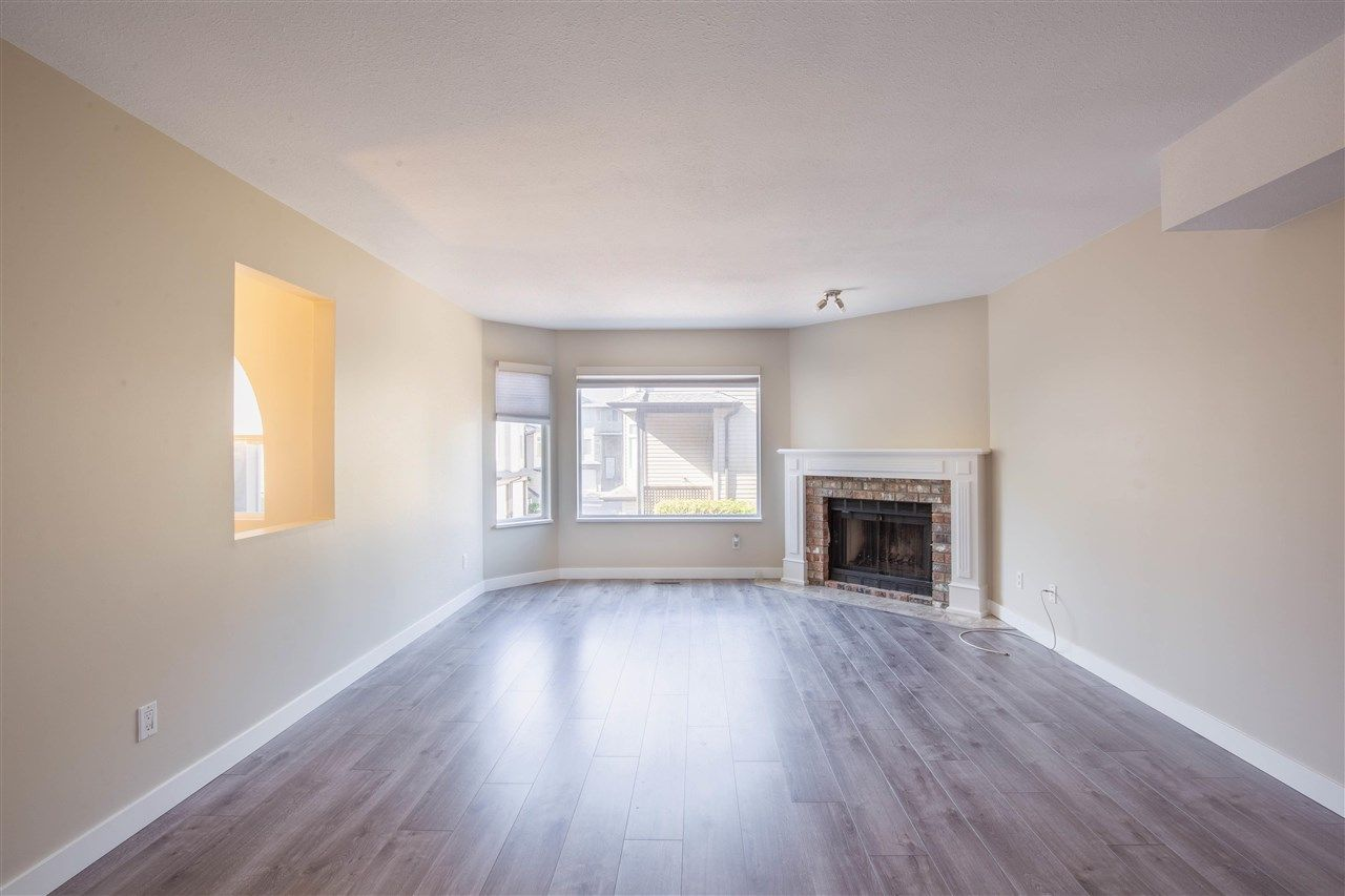 Photo 3: Photos: 3 8751 BENNETT Road in Richmond: Brighouse South Townhouse for sale : MLS®# R2579268