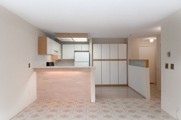Photo 8: Photos: 202 1525 PENDRELL STREET in Vancouver: West End VW Condo for sale (Vancouver West)  : MLS®# R2010212