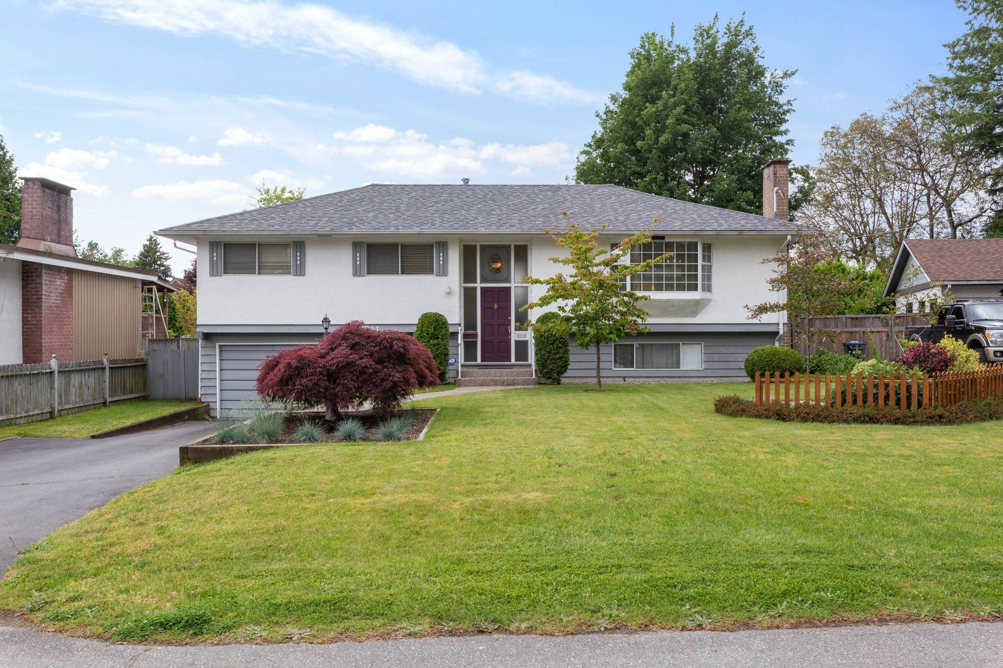Main Photo: 11941 EVANS Street in Maple Ridge: West Central House for sale : MLS®# R2586792