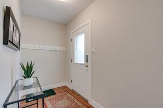 Photo 4: 2736 16A Street SE in Calgary: Inglewood Detached for sale : MLS®# A1107671