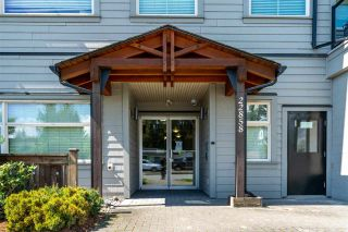 """Photo 2: 401 22858 LOUGHEED Highway in Maple Ridge: East Central Condo for sale in """"URBAN GREEN"""" : MLS®# R2578938"""