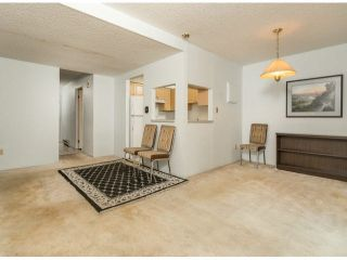 """Photo 5: 805 9274 122ND Street in Surrey: Queen Mary Park Surrey Townhouse for sale in """"WHISPERING CEDARS"""" : MLS®# F1425476"""