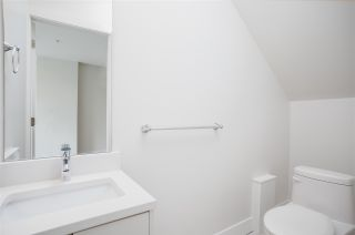 """Photo 15: 103 217 CLARKSON Street in New Westminster: Downtown NW Townhouse for sale in """"Irving Living"""" : MLS®# R2545766"""