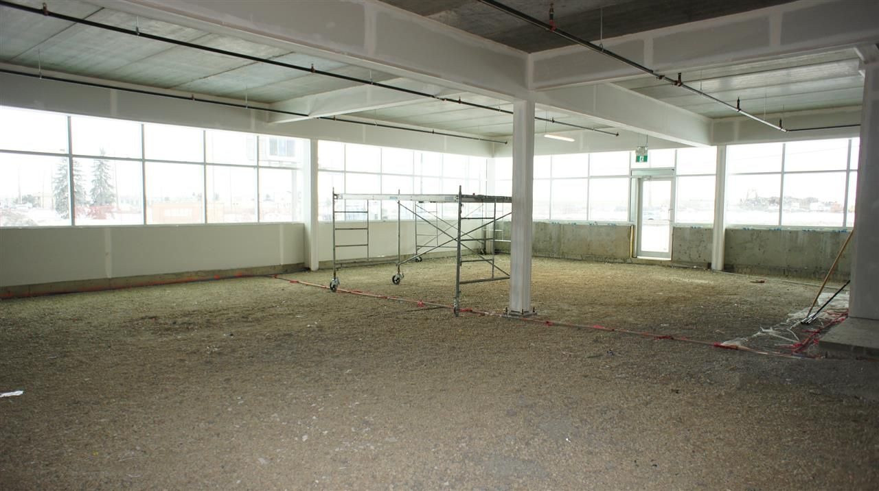 Photo 5: Photos: 6818 50 Street NW in Edmonton: Zone 41 Office for lease : MLS®# E4185049