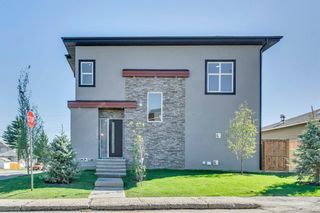 Photo 3: 1104 40 Street SW in Calgary: Rosscarrock Row/Townhouse for sale : MLS®# A1034743