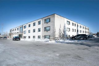 Photo 1: 206 1710 Taylor Avenue in Winnipeg: River Heights South Condominium for sale (1D)  : MLS®# 202102836