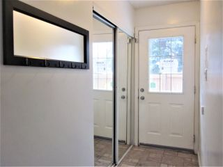 Photo 2: 7118 178 Street in Edmonton: Zone 20 Townhouse for sale : MLS®# E4222101
