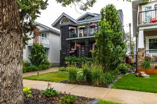 Photo 2: 9429 101 Street in Edmonton: Zone 12 House for sale : MLS®# E4255702