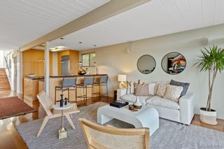 Photo 5: PACIFIC BEACH House for sale : 2 bedrooms : 1264 Agate St in San Diego