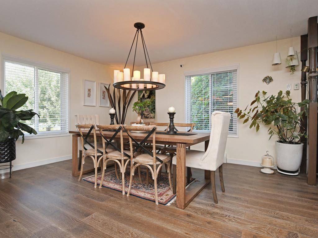 Photo 9: Photos: 7471 NORTHCOTE Street in Mission: Mission BC House for sale : MLS®# R2447244