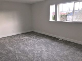 """Photo 10: 3 6177 169 Street in Surrey: Cloverdale BC Townhouse for sale in """"Northview Walk"""" (Cloverdale)  : MLS®# R2534370"""