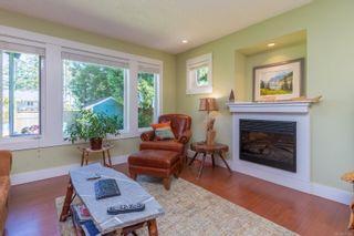 Photo 3: B 904 Old Esquimalt Rd in : Es Old Esquimalt Half Duplex for sale (Esquimalt)  : MLS®# 877246