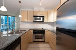 """Photo 18: 706 1199 SEYMOUR Street in Vancouver: Downtown VW Condo for sale in """"BRAVA"""" (Vancouver West)  : MLS®# R2531853"""
