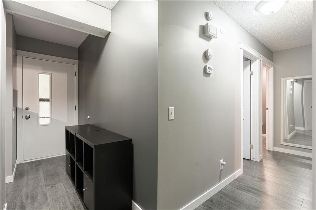 Photo 14: Photos: 1007 2520 PALLISER DR SW in Calgary: Oakridge Row/Townhouse for sale : MLS®# C4297041