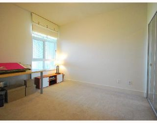 "Photo 8: 418 6033 KATSURA Street in Richmond: McLennan North Condo for sale in ""THE RED"" : MLS®# V722680"