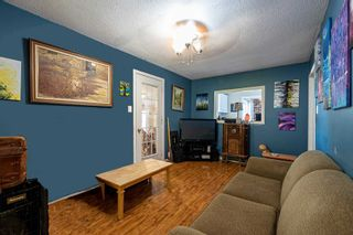 Photo 3: 146 Third Avenue: Shelburne House (Bungalow) for sale : MLS®# X4932432