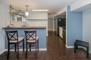 Photo 15: 1308 BAYVIEW Square in Coquitlam: Harbour Chines House for sale : MLS®# R2123105