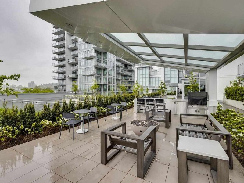 FEATURED LISTING: 807 - 258 NELSON'S Court New Westminster