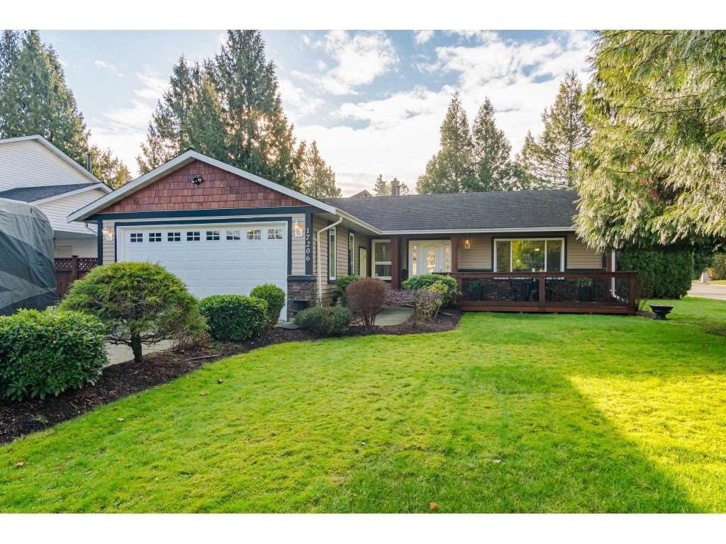 Welcome to 17206 - 61A Ave., Cloverdale!