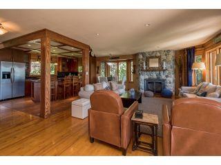 Photo 3: 3281 ATKINSON Lane in Abbotsford: Matsqui House for sale : MLS®# R2071106