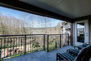 "Photo 13: 322 700 KLAHANIE Drive in Port Moody: Port Moody Centre Condo for sale in ""BOARDWALK"" : MLS®# R2039030"