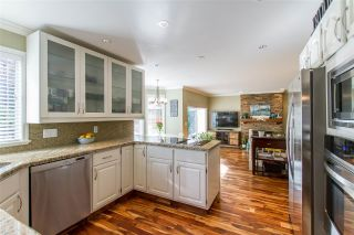 Photo 6: 20 FLAVELLE Drive in Port Moody: Barber Street House for sale : MLS®# R2437428