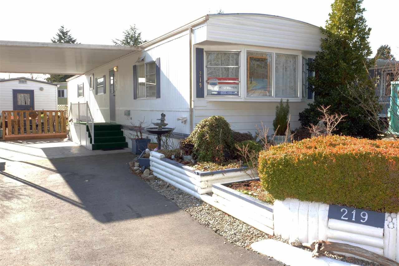 Main Photo: 219 1840 160 STREET in : King George Corridor Manufactured Home for sale : MLS®# R2436590