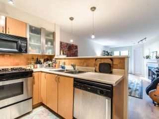 "Photo 3: 205 2741 E HASTINGS Street in Vancouver: Hastings Sunrise Condo for sale in ""The Riviera"" (Vancouver East)  : MLS®# R2407419"