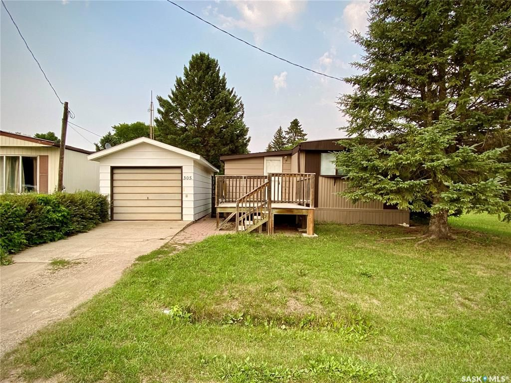 Main Photo: 305 Allan Avenue in Saltcoats: Residential for sale : MLS®# SK867356
