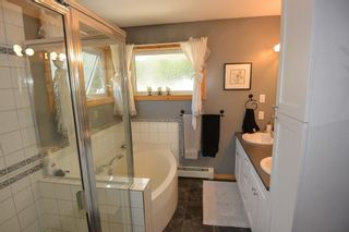 Photo 14: 3543 BANFF Avenue in Smithers: Smithers - Rural House for sale (Smithers And Area (Zone 54))  : MLS®# R2271804