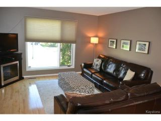 Photo 3: 58 Becontree Bay in WINNIPEG: St Vital Residential for sale (South East Winnipeg)  : MLS®# 1411805