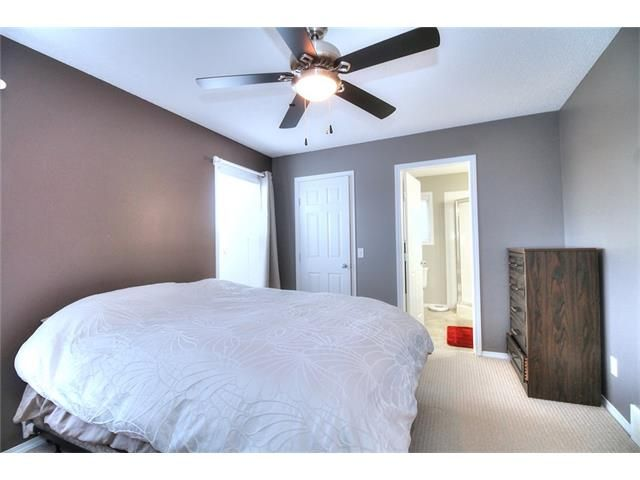 Photo 20: Photos: 527 EVERMEADOW Road SW in Calgary: Evergreen House for sale : MLS®# C4056995