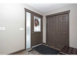 Photo 2: 56 PRESTWICK Close SE in Calgary: McKenzie Towne Residential Detached Single Family for sale : MLS®# C3652388