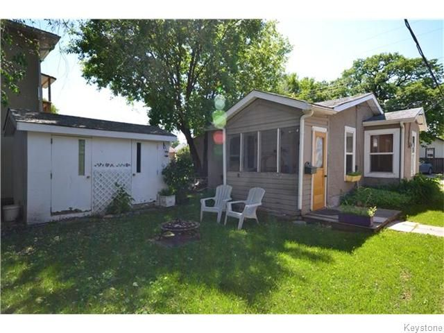 Photo 14: Photos: 475 De La Morenie Street in Winnipeg: St Boniface Residential for sale (2A)  : MLS®# 1615649