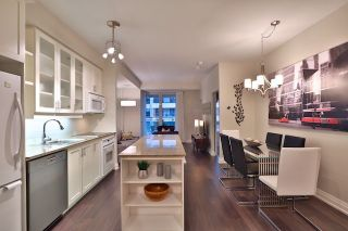 Photo 6: 20 Scrivener Sq Unit #619 in Toronto: Rosedale-Moore Park Condo for sale (Toronto C09)  : MLS®# C3817983
