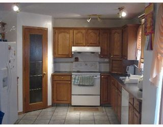 Photo 5:  in CALGARY: Applewood Residential Detached Single Family for sale (Calgary)  : MLS®# C3251510