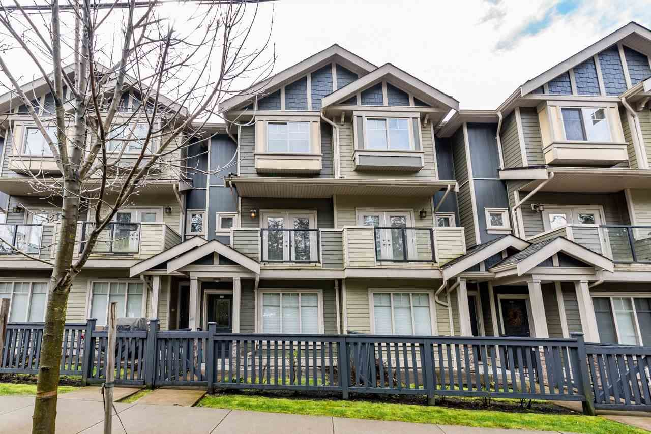 """Main Photo: 109 3382 VIEWMOUNT Drive in Port Moody: Port Moody Centre Townhouse for sale in """"LILLIUM VILLAS"""" : MLS®# R2155402"""