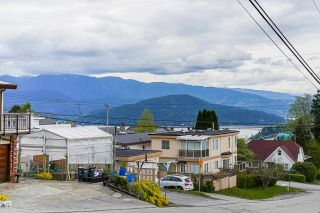 Photo 3: 5610 DUNDAS Street in Burnaby: Capitol Hill BN House for sale (Burnaby North)  : MLS®# R2573191