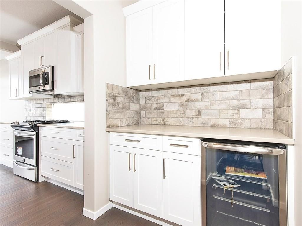 Photo 9: Photos: 2202 Bayside Circle: Airdrie House for sale : MLS®# C4145473