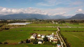 "Photo 33: 12591 209 Street in Maple Ridge: Northwest Maple Ridge Agri-Business for sale in ""HAMPTON FARMS"" : MLS®# C8040444"