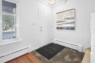 Photo 3: 9835 147 Street in Edmonton: Zone 10 House for sale : MLS®# E4264821